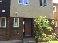 POWER OF SALE - 3 BEDROOM  TOWNHOME IN NEED OF TLC