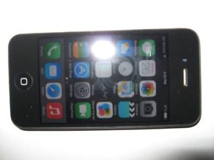 iPhone 4 - Mint Conditon (REDUCED)