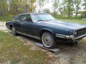 1969 Ford Thunderbird - Classic Collector Car
