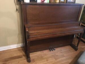 Grand piano-free