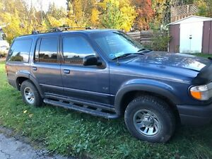 Ford Explorer 2000 XLS