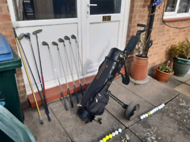 Used In Good Condition R/H Golf ⛳Clubs Bag 🎒 Trolley And Balls