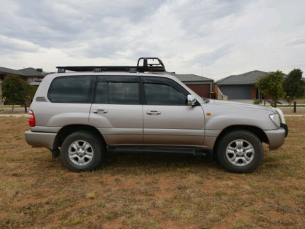 2003 Toyota Landcruiser 100 series  SAHARA Taylors Hill Melton Area Preview