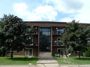 1 bdrm unit- Boehmer Blvd- Renovated & utilities included!