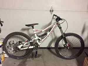 SPECIALIZED STUTUS 2 FOR SALE