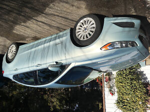 2013 Ford Fusion HYBRID lease takeover LOW KMS Sedan