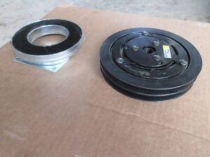 12 volt electric clutch & coil Kitchener / Waterloo Kitchener Area image 1