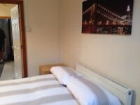 Double room for rent 5 min walk from Barnsley city centre