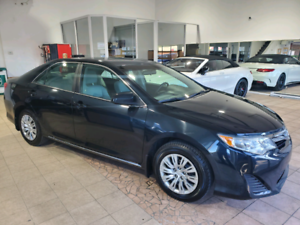 Toyota Camry 2014 Camera 4 Cylindres Bluetooth Finance 11995$