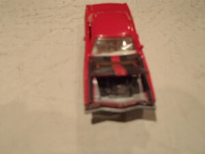 Loose Red 1969 '69 PLYMOUTH ROAD RUNNER by JOHNNY LIGHTNING 1/ Sarnia Sarnia Area image 4