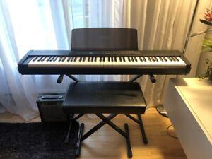 Piano Numérique marque Yamaha model P-90 88 touches