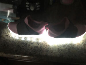 Girls light up sneakers brand new size 11