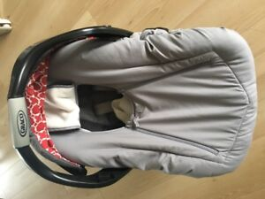 Graco car seat with winter car seat cover