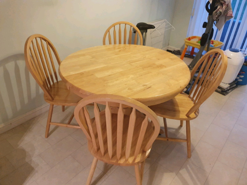 Kitchen Table & 4 Chairs for sale   in Tullibody ...
