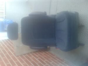 FOLDING SEAT FOR DODGE GRAND CARAVAN , 2002  (and other years )