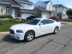 Dodge Charger 2014 Undercover + Civil Package, Secure Park