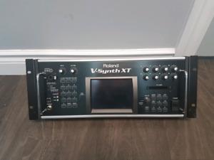 Roland V-synth XT