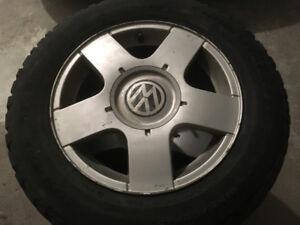 4 pneus d'hiver avec mags