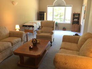 Couch Table & 2 side tables - new price! Kitchener / Waterloo Kitchener Area image 4