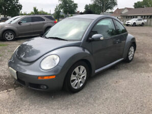 2009 VW New Beetle Coupe LOW KMS