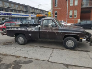 1986 Chevrolet Other Pickup Truck towing with wheel lift