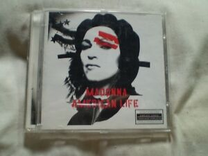cd green day/the simpsons/johnny cash/madonna