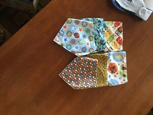 Reversible bibs small and medium Belleville Belleville Area image 1
