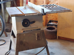 Rockwell / Beaver Table Saw 100.00 call or text 780 882 0705