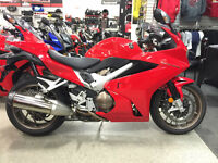 2014 HONDA VFR800F - DEMO - SAVE $3061