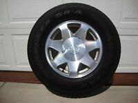 FACTORY CADILLAC ESCALADE WHEELS/TIRES - LIKE NEW!  $950/SET!