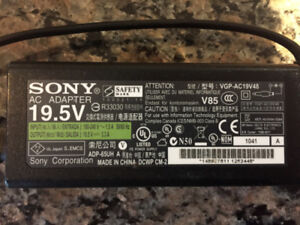 Sony VGP-AC19V48 65W AC Adapter for Vaio Laptops