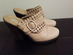Shoes, all size 7.5, in great condition! Kitchener / Waterloo Kitchener Area image 1