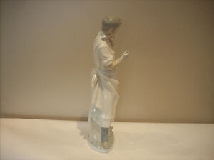 """LLADRO """"OBSTETRICIAN"""" DOCTOR FOR SALE West Island Greater Montréal image 4"""