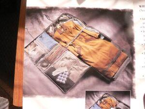 Luggage -Atlantic-Wheeled Garment Bag with Handle