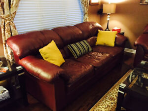100% Pure Cowhide, Top Grain Couch & Love Seat made by Palliser