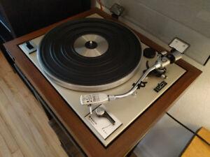 Sanyo TP 625 vintage turntable