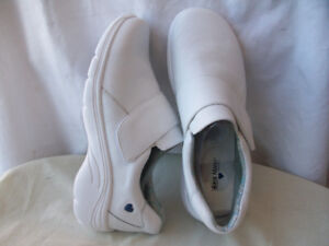 NEW LEATHER RUNNiNG SHOES NURSE MATE WHOLE-SALE Size 7 to 11