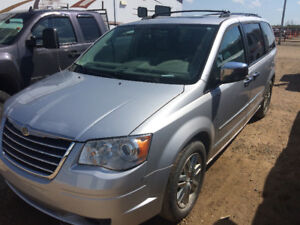 2009 town and country