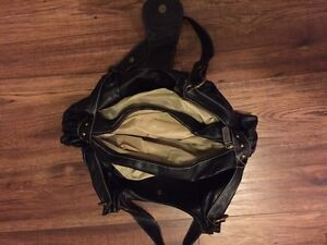 Black purse Kitchener / Waterloo Kitchener Area image 3
