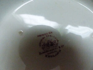 Matching Vintage Pitcher and Washing Bowl by Dunn Bennett & Co. Kitchener / Waterloo Kitchener Area image 4