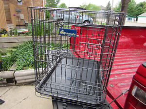 CAGE / CRATE / CARRIER