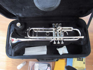 Eastman Silver-plated Trumpet