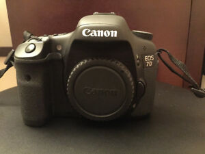 Canon 7D with Lenses, Camera bag, extra battery and CF Cards