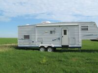 2003 Jayco 28.5 foot 5th wheel camper