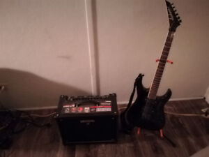 jackson guitare+amp boss 50w multi effect+bass Ibanez