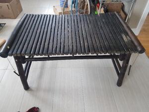 Table de salon en bambou à vendre