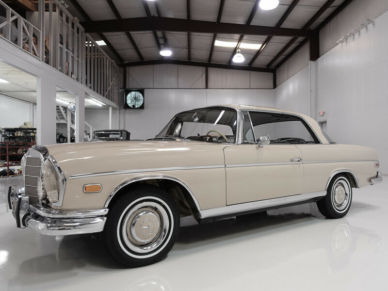 1966 Mercedes-Benz 300-Series Opera Coupe | 1 of only 497 built | Well optioned 1966 Mercedes-Benz 300SE Opera Coupe | California black plate car | Factory A/C