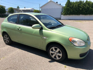 2008 Hyundai Accent GL, man., air clim,  à vendre  *negociable*