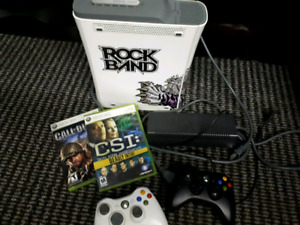 Xbox 360 complete with 2 games