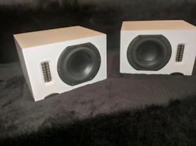 Neat acoustics iota loudspeaker